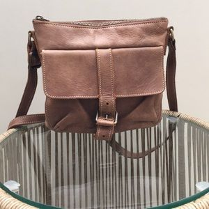 Roots Canada Crossbody bag in Tribe leather